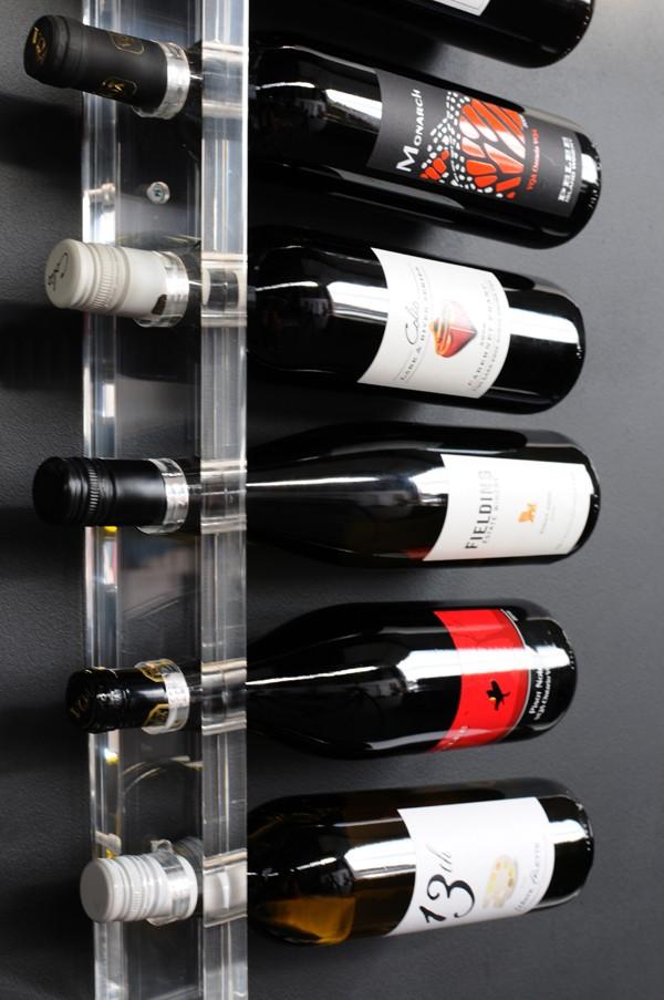 Gus Acrlic Wine Holder